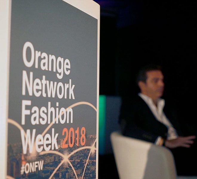 Orange-_-Holograma-_-Orange-Network-Fashion-Week-2018_09