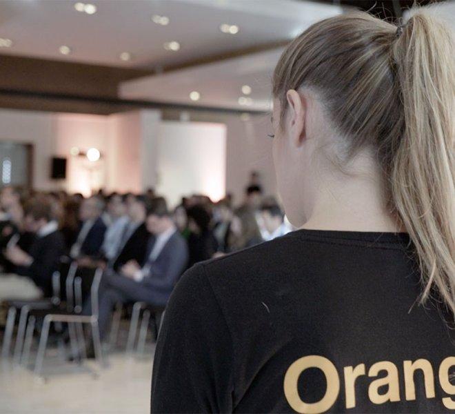 Orange-_-Holograma-_-Orange-Network-Fashion-Week-2018_10