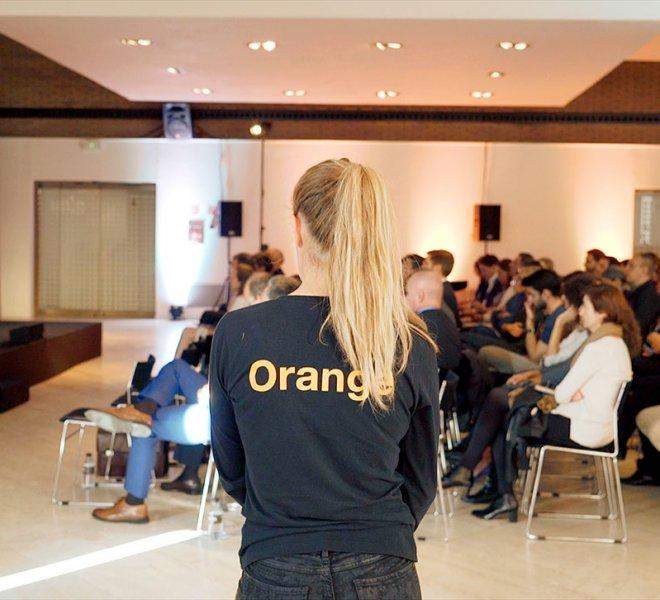Orange-_-Holograma-_-Orange-Network-Fashion-Week-2018_11