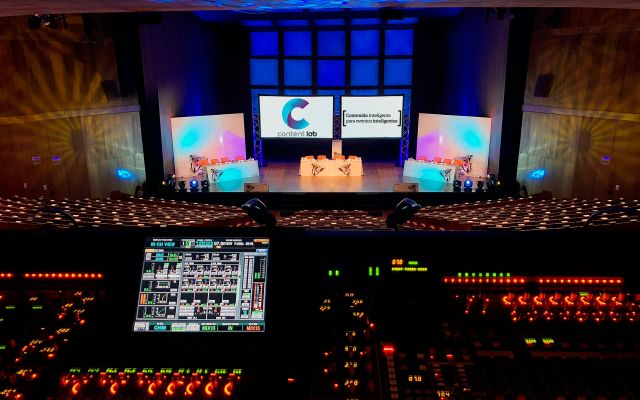 Live Performance for Events: Absolute Audiovisual Control and Quality